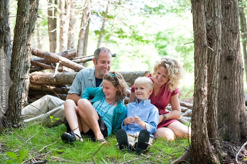Ottawa family photographer field 02