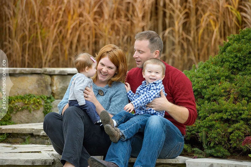 The Day Family Mini Session photographed in Ottawa by Liz Bradley of elizabeth&jane photography