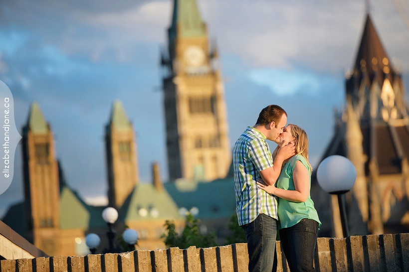 Trina and Brian's engagement session photographed in Ottawa by Liz Bradley of elizabeth&jane photography