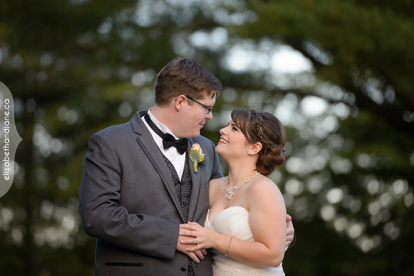 Maddy and Rob's wedding in Ottawa photographed by Liz Bradley of elizabeth&jane photography