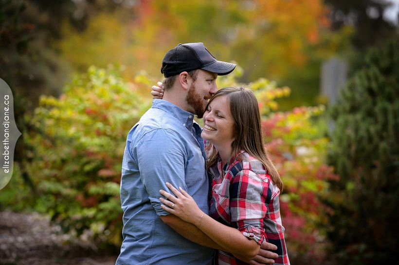 Pam and Matt's engagement session photographed in Ottawa by Liz Bradley of elizabeth&jane photography