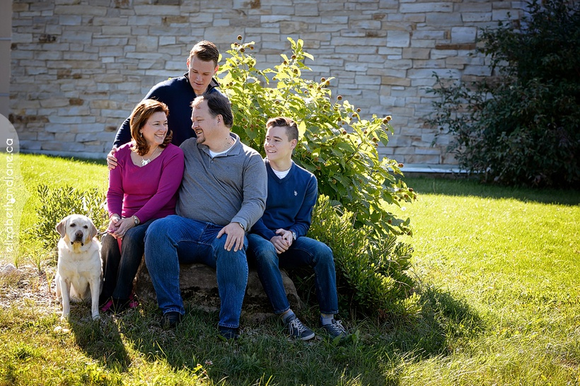 Uberig family photographed in Ottawa by Liz Bradley of elizabeth&jane photography